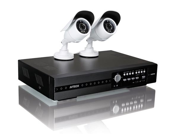 BEWAKINGS SYSTEEM RECORDER FULL HD 1TB + 2 HD CAMERA'S TVI+ 2 KABELS 20M EN VOEDING